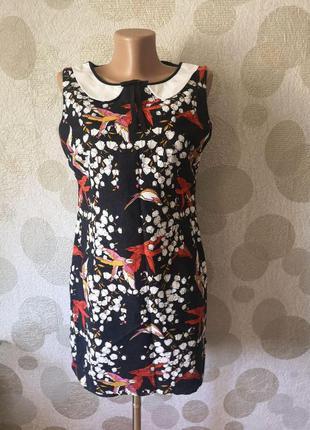 Красивое короткое  платье с принтом