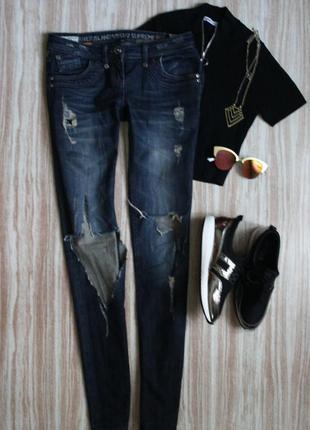 Актуальные рваные джинсы скини слимс на худышку высокий рост r...