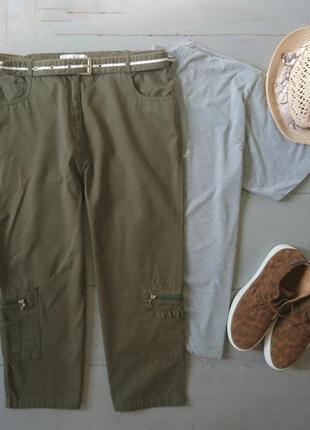 Актуальные бриджи хаки с накладными карманами и поясом №194