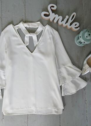 Актуальная блуза с рюшами на рукавах №25