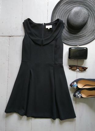 Плотное платье с воротничком №315