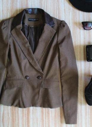 Актуальный жакет пиджак блейзер с кожаными вставками