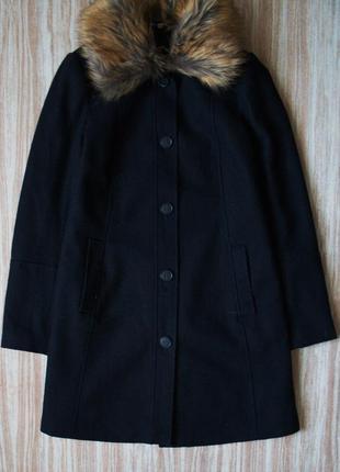 Стильное шерстяное пальто для будущей мамы
