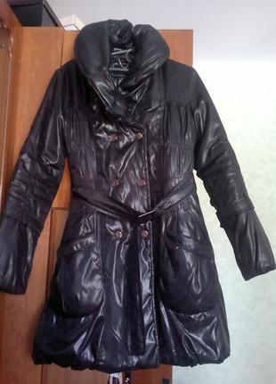 Пальто куртка черное непромокаемая ткань высокий воротник