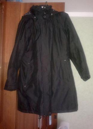 Плащ пальто куртка на теплой подкладке, с капюшоном