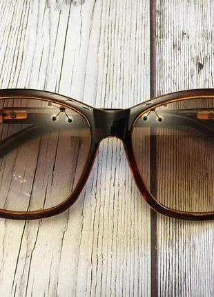 Очки солнцезащитные женские коричневый