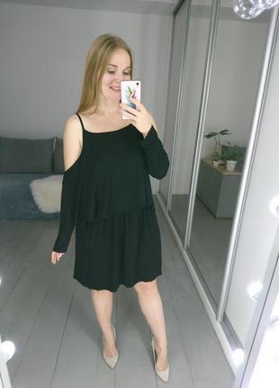 Актуальное трикотажное платье туника с открытыми плечами №525