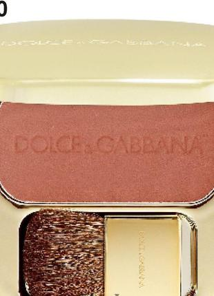 Сияющие румяна dolce&gabbana the blush 30 rose
