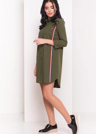 Стильное платье-рубашка цвета хаки