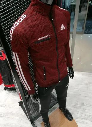 Спортивный костюм Adidas красный