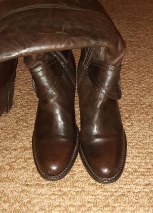 Натуральные кожаные сапожки на невысоком каблуке, сезон осень-...