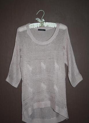 Стильный нежно-розовый свитер удлиненного покроя №4