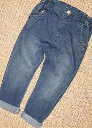 Тонкие джинсы на 12-18 мес m&s