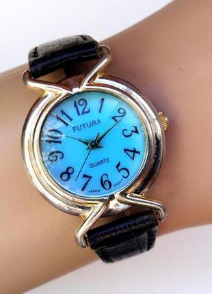 Futura часы из сша классика кожаный ремешок мех. japan