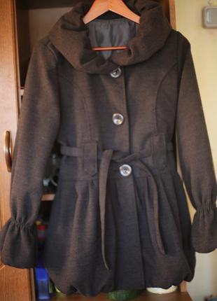 Демисезонное полу пальто  темно-серое