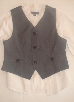 Фирменная стильная рубашка с жилеткой мальчику 2-3 лет идеал