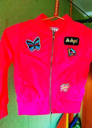 Фирменная куртка, ветровка на девочку 4-5 лет cars jeans