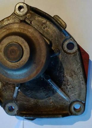 Помпа водяная на Renault Kangoo 1.5dci