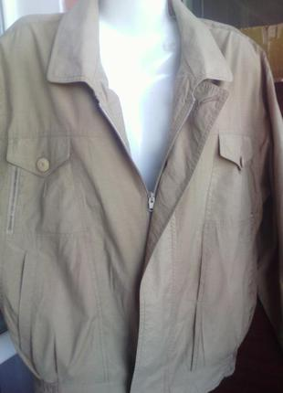 Куртка бежевая  размер 50-52 укр