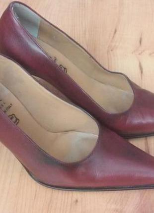 Туфли кожаные женские итальянские