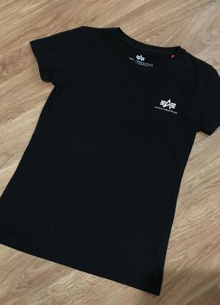 Суперовая футболка от alpha industries carhartt nike puma unde...