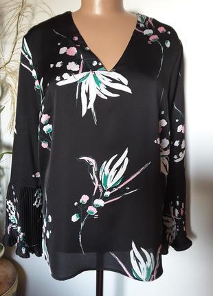 Элегантная атласная блуза