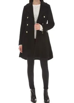 Женское чёрное пальто Guess размер S