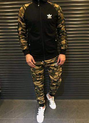 Мужской спортивный костюм Adidas камуфляж