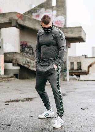Спортивный костюм FENDI