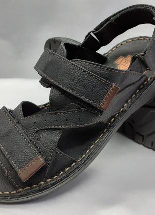 Распродажа!кожаные чёрные сандалии на липучках detta