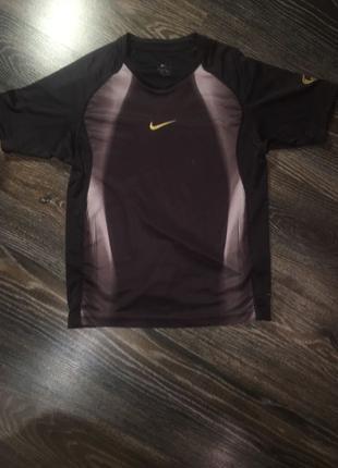 Футболка Nike dri fit