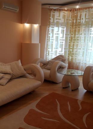 Кожанная мебель для гостиной
