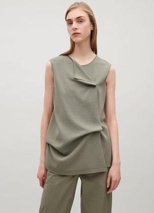 Серо-зеленая однотонная блузка cos летняя
