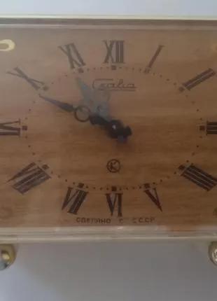 """Настільний вінтажний годинник """"Слава"""""""