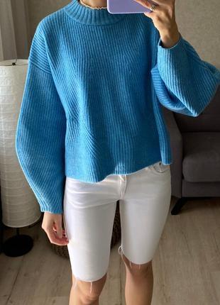 Яркий свитер с объёмными рукавами h&m