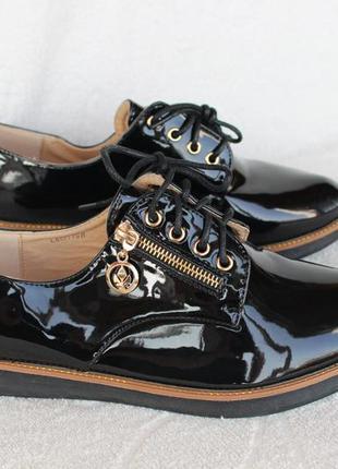 Черные туфли на шнурках, оксфорды, броги, дерби 39, 40 размера
