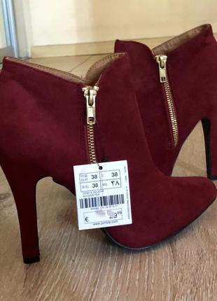 Новые женские ботиночки pimkie на высоком каблуке.
