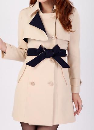 Новое женское демисезонное пальто.