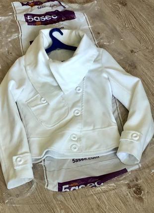 Новое женское кашемировое пальто.