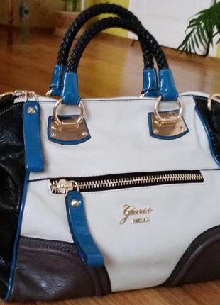 Новая женская сумка guess.