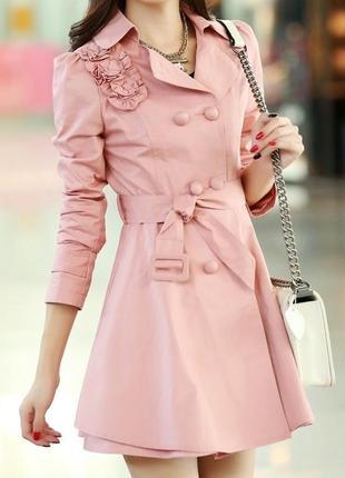 Новое женское пальто.