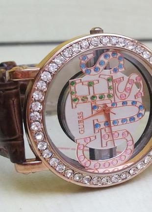 Новые женские часы guess.
