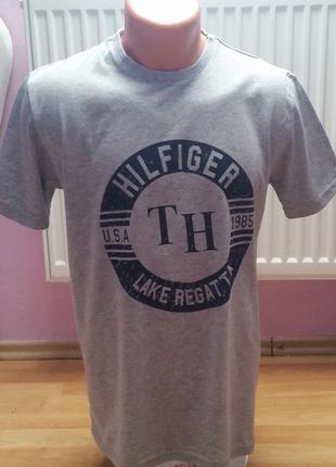 Новая мужская футболка tommy hilfiger.