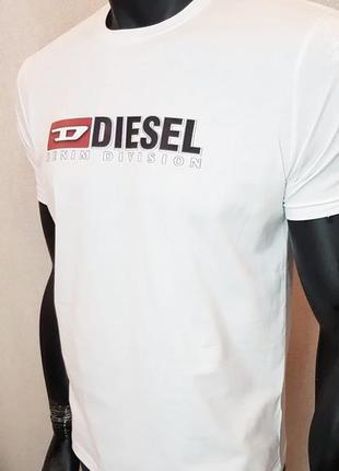Новая мужская футболка diesel.