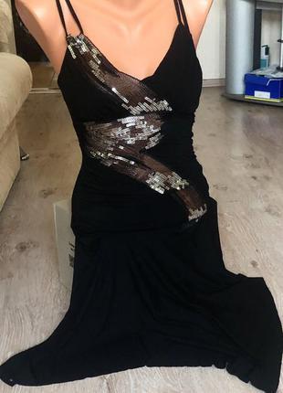 Новое женское платье с паетками.