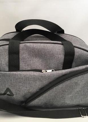 Новая спортивная сумка fila в спортзал.