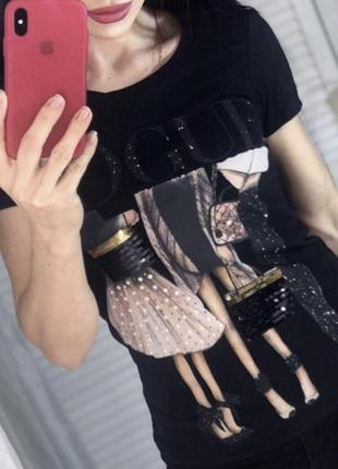 Новая женская футболка vogue.