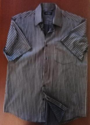 Классическая рубашка в полоску с коротким рукавом
