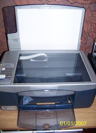 Многофункциональное устройство HP psc 1350 all-in-one.