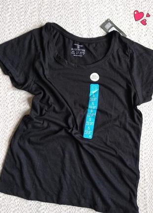 Свободного покроя базовая футболка
